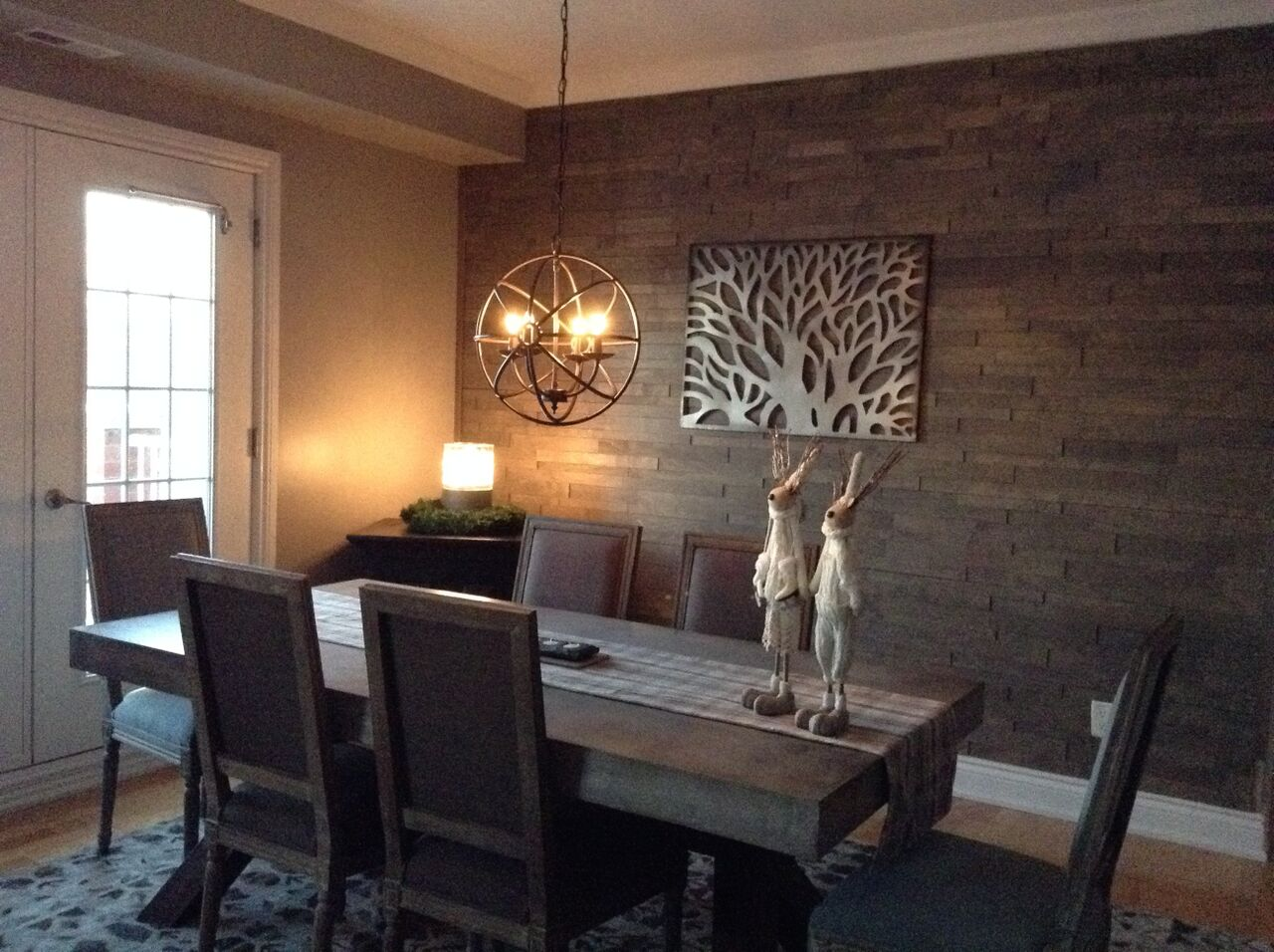 Dining room ideas with feature wall dining room feature wall for Wallpaper for dining room feature wall