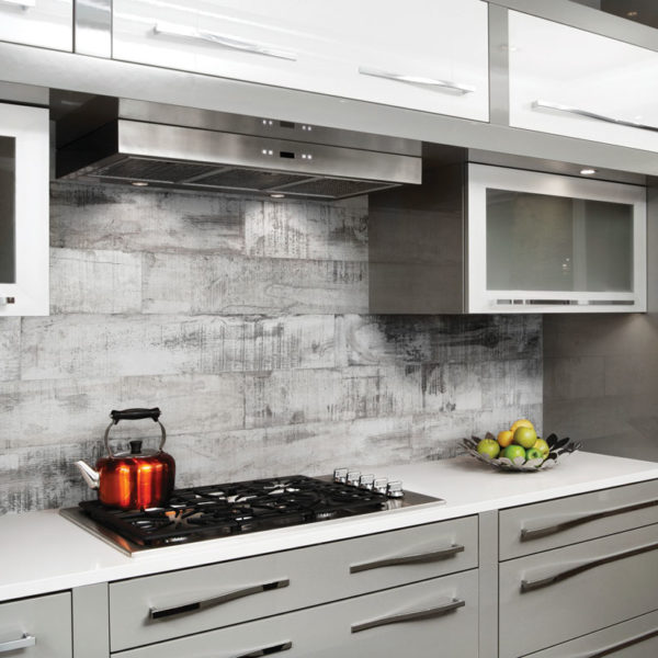 Muskoka Ash porcelain wood imitation tile installed as a backsplash